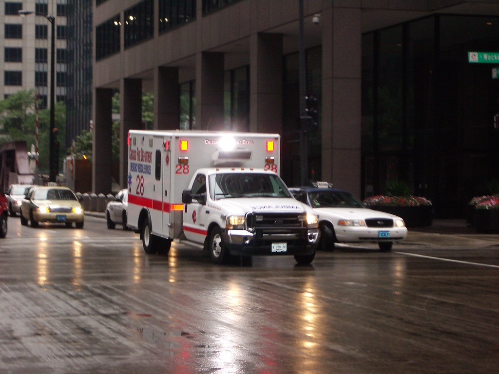 AT&T – ambulance – cc by-nc 2.0 by Andrman